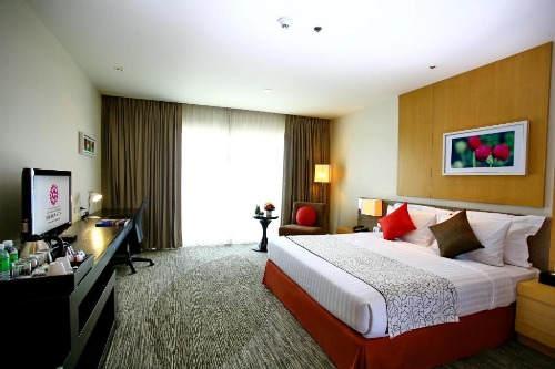ASQ Package at Amaranth Suvarnhabumi Airport Hotel