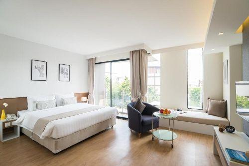 ASQ-Deluxe-room-Aster-hotel-pattaya