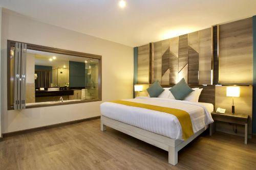 ASQ-grand-deluxe-andakira-hotel-phuket2