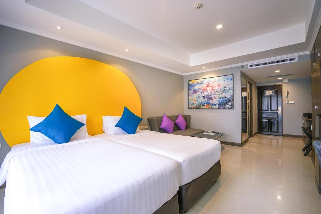 Premier-room-furama-xclusive
