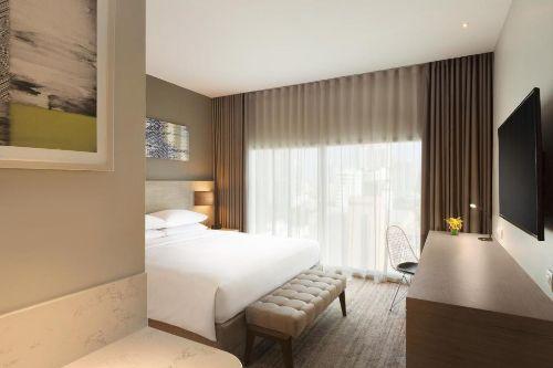 asq-at-view-room-hyatt-place-bangkok