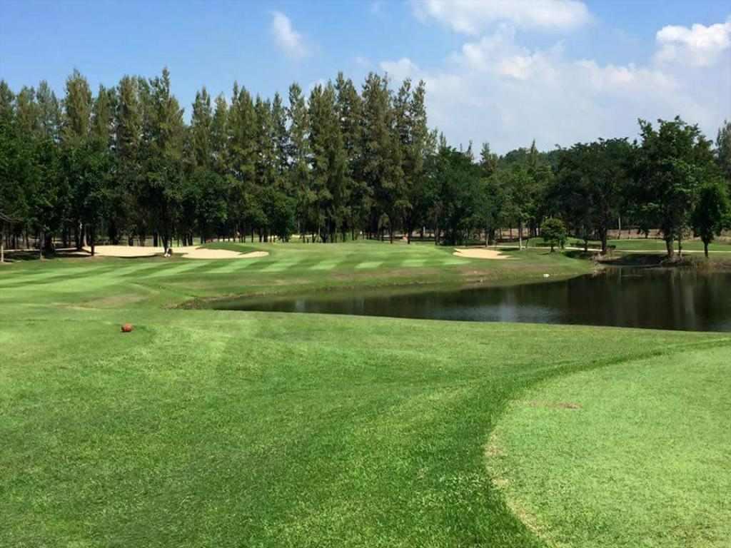 Golf Quarantine Sawang resort petchaburi Thailand ASQ