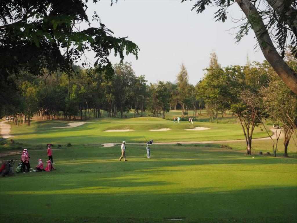 Golf Quarantine Sawang resort petchaburi Thailand