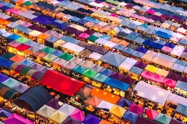 Rod Fai Train night market bangkok