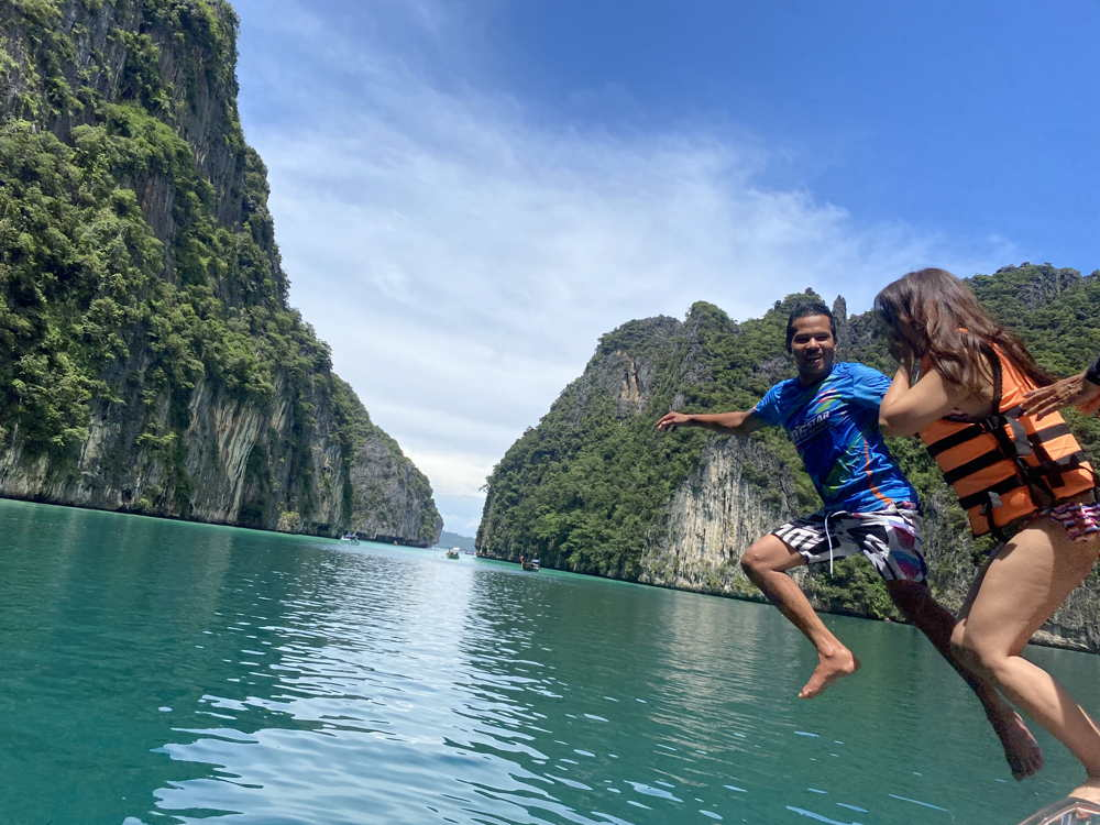 Phi Phi Island by Speed Boat Tour