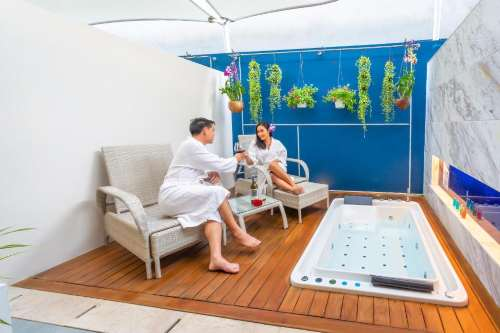 Hotel Clover Phuket Patong Deluxe Jacuzzi