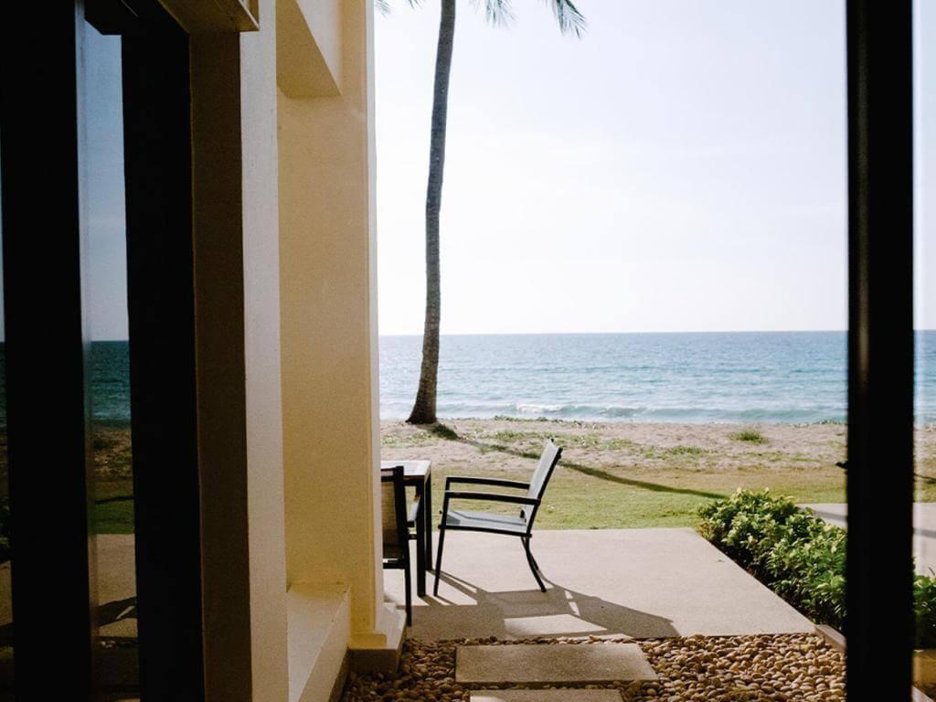 Saii Laguna Ocean front Balcony room 3