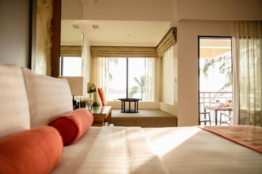 Saii Laguna Ocean front Balcony room 7