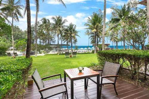Saii Laguna Ocean View Balcony room