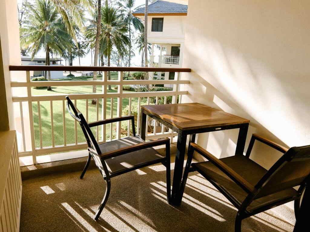 Saii Laguna Ocean View Balcony room 5