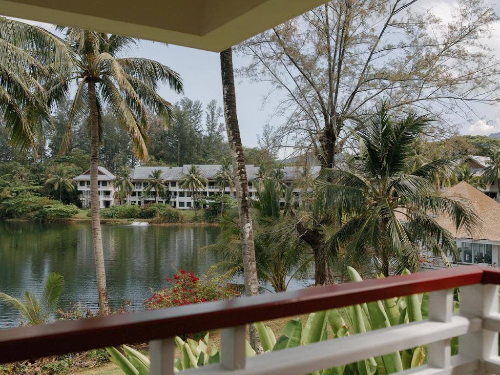Saii Laguna Phuket Hotel Lagoon View Room 6
