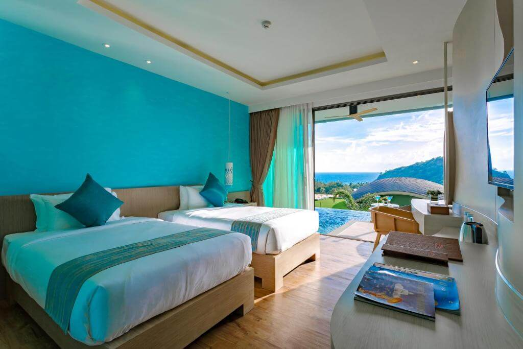 The Crest Phuket Deluxe Pool access sea view 4