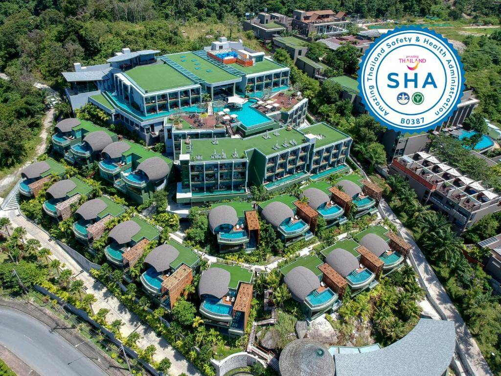 The Crest Resort and Pool Villas 9