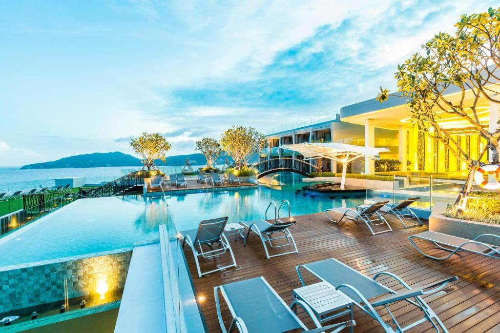 The Crest Resort and Pool Villas 4