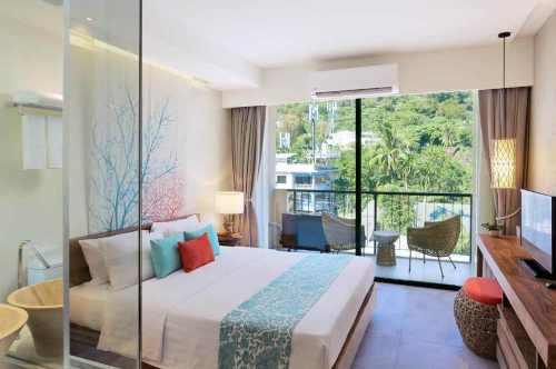 Bandara Phuket Beach resort Deluxe room with Balcony