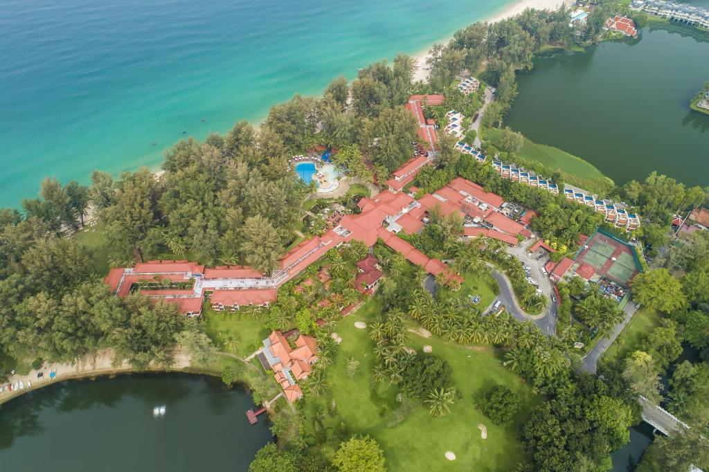 Dusit Thani Laguna Phuket 7
