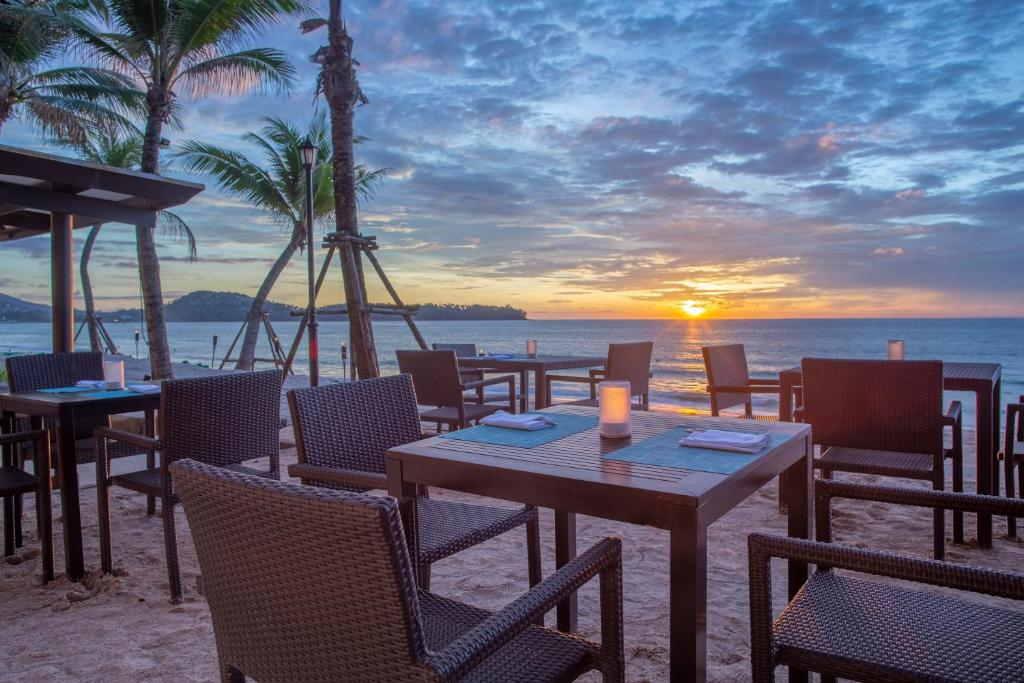 Dusit Thani Laguna Phuket 6