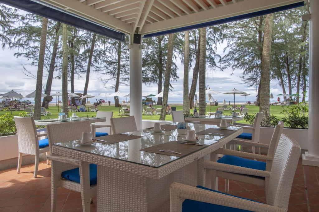 Dusit Thani Laguna Phuket 13