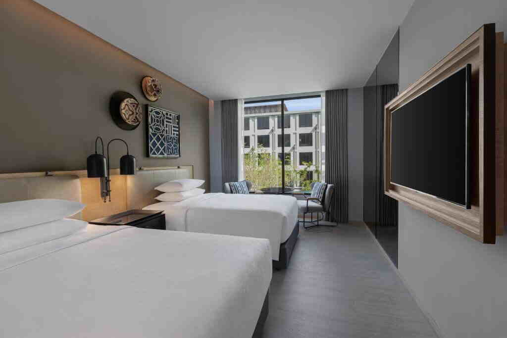 Four Points by Sheraton Patong Beach Hotel Superior Room Twin