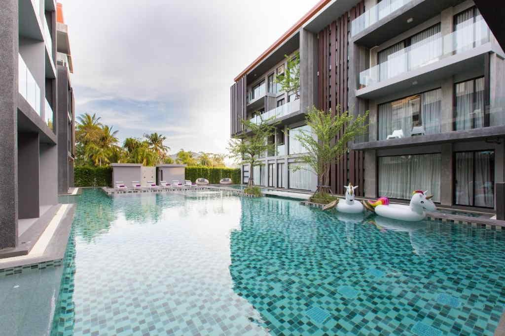 Maya Phuket Hotel 5