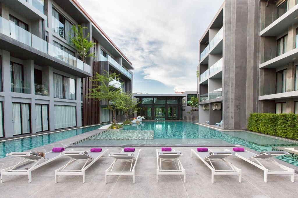 Maya Phuket Hotel 3