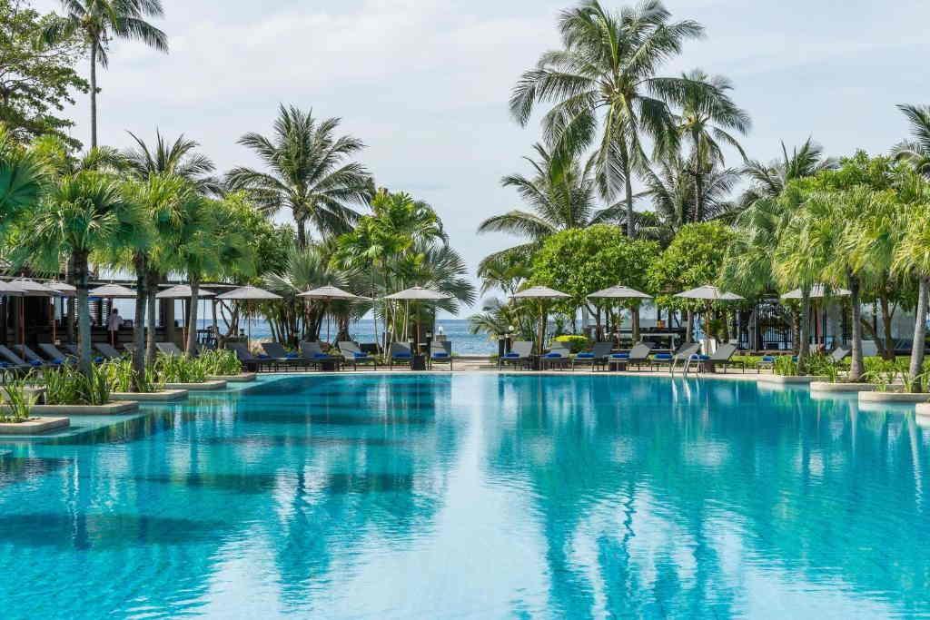 Phuket Marriott Merlin Beach 16