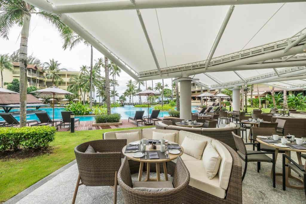 Phuket Marriott Merlin Beach 24