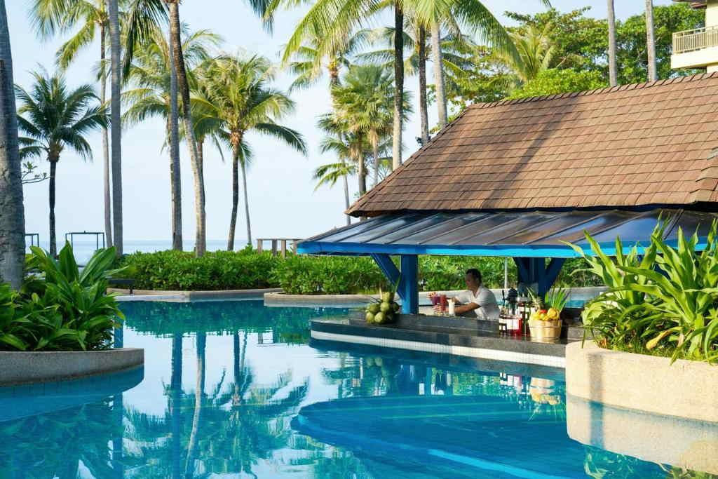 Phuket Marriott Merlin Beach 12