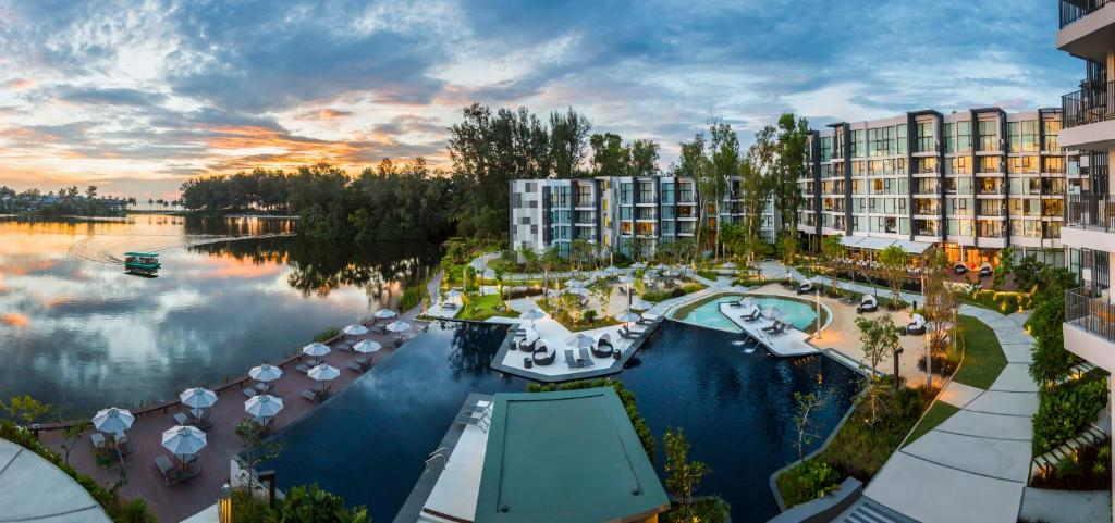 Cassia Hotel phuket