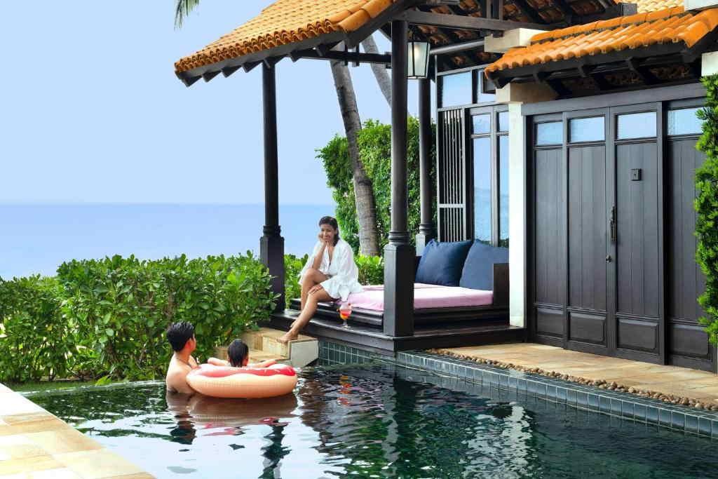 Ocean Pool Villa Lamai resort 5