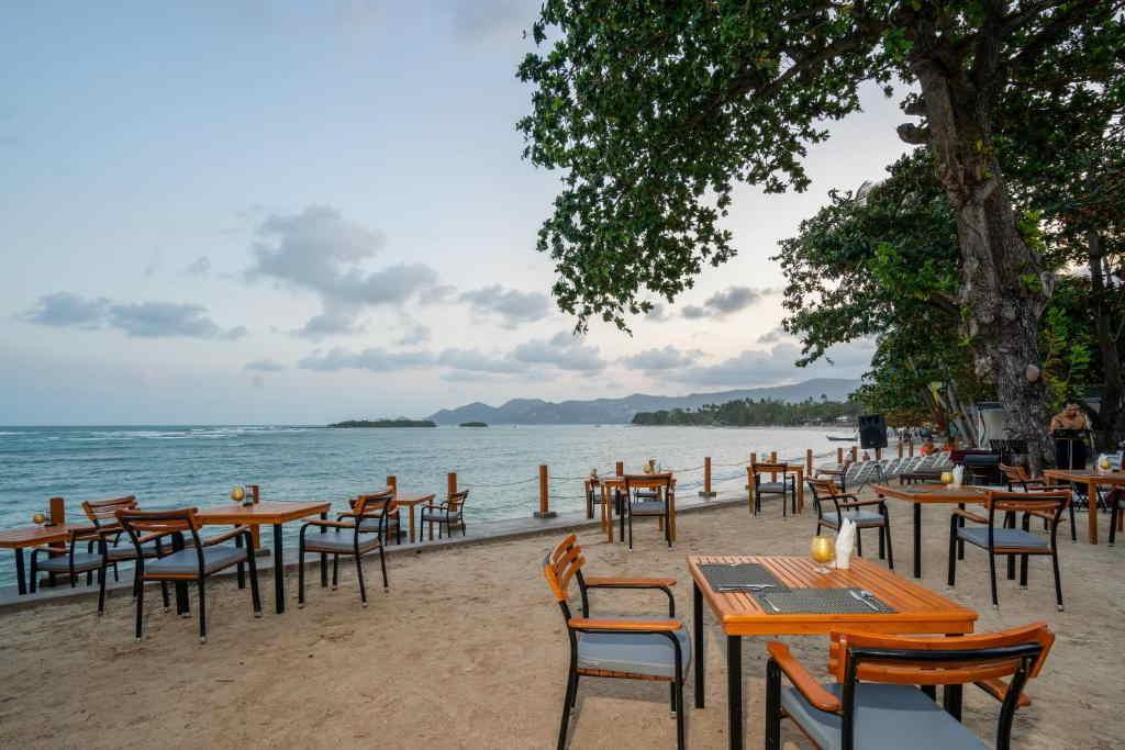 The Briza Beach Resort Samui 12