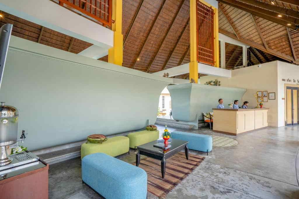 The Briza Beach Resort Samui 7