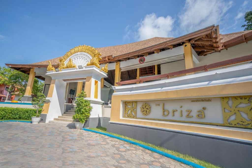 The Briza Beach Resort Samui 9
