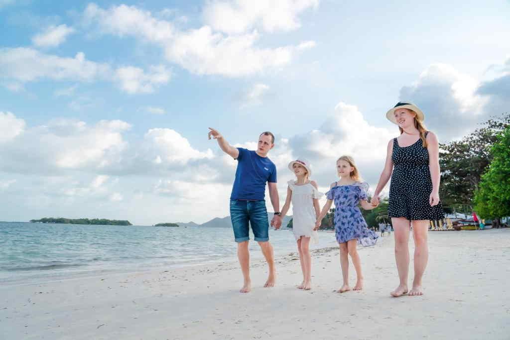 The Briza Beach Resort Samui 24