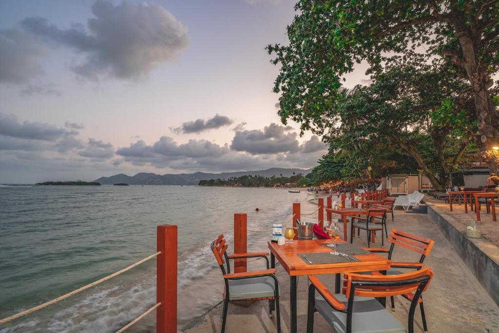 The Briza Beach Resort Samui 11