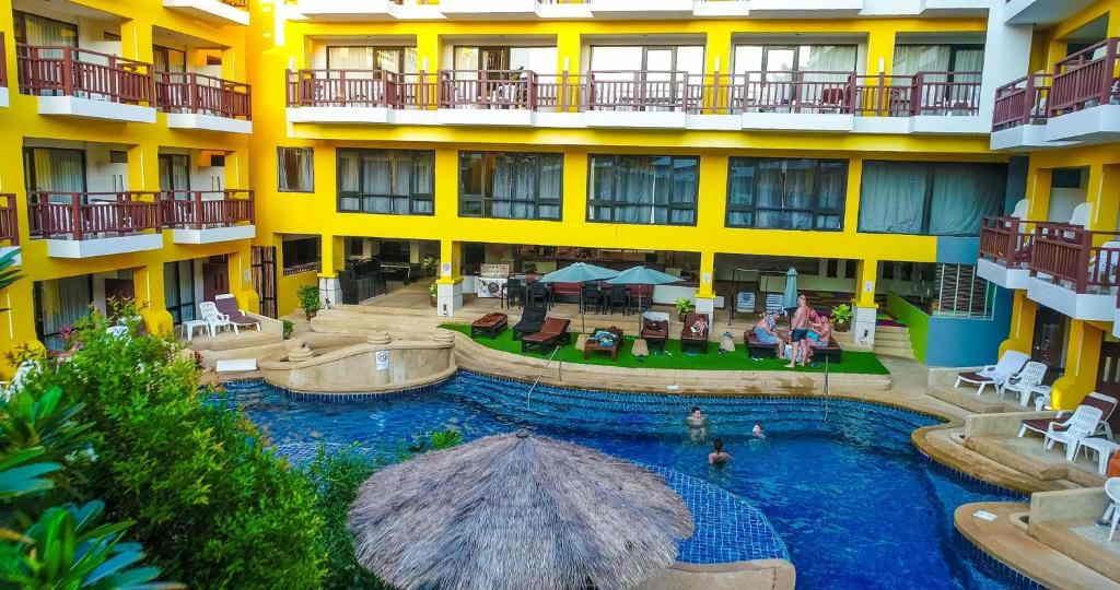 Woraburi Resort Phuket 13