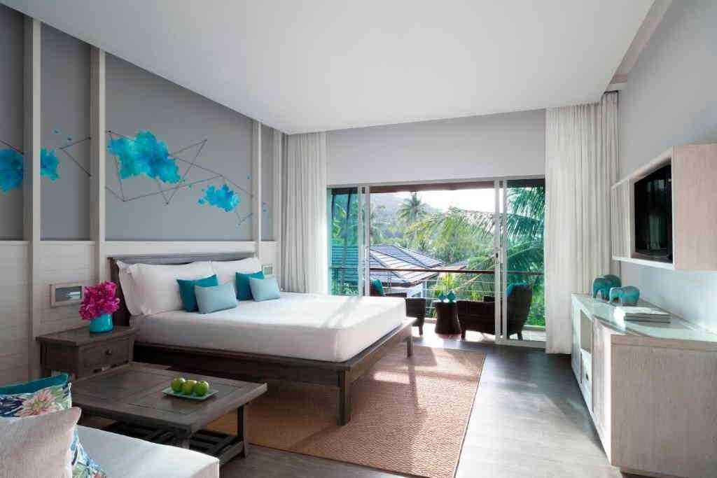Avani Deluxe Room 3