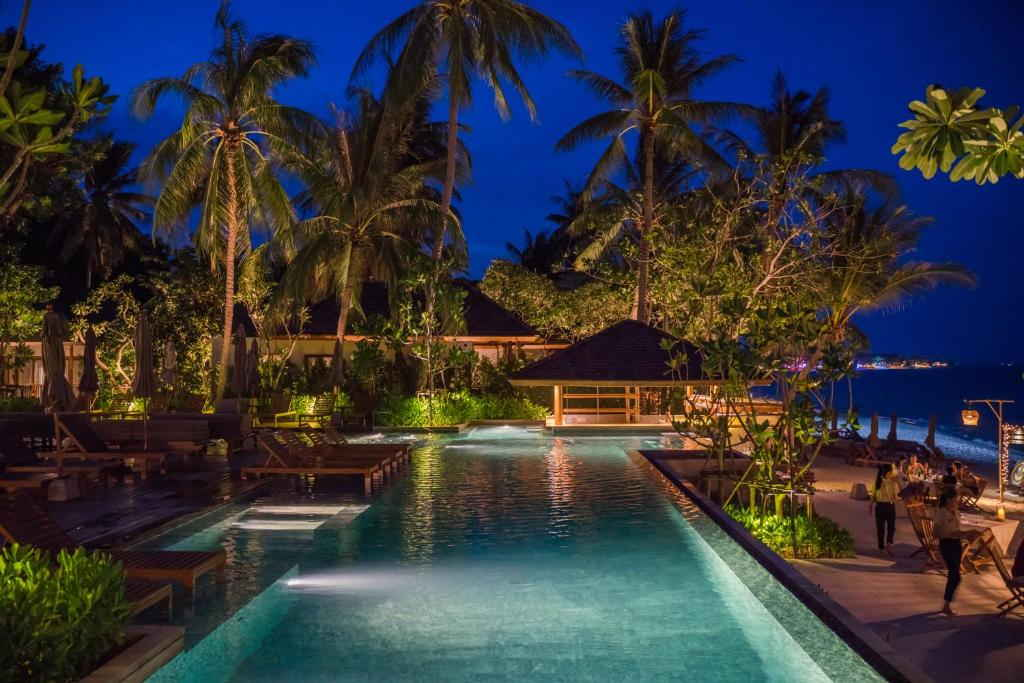 Banana Fan Sea Resort 15
