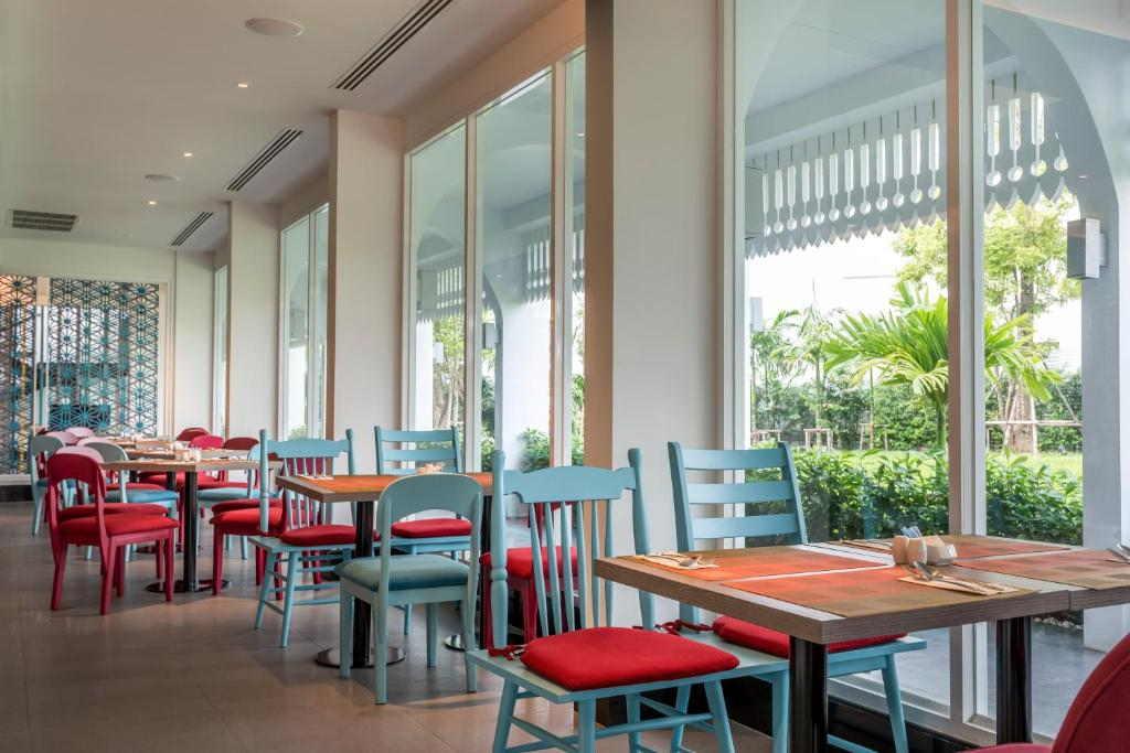 Ibis Styles Phuket City 7