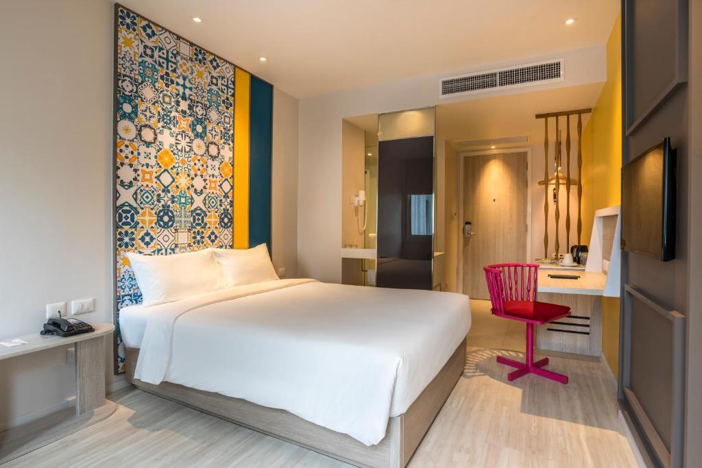 Ibis Styles Phuket City Standard Room 3
