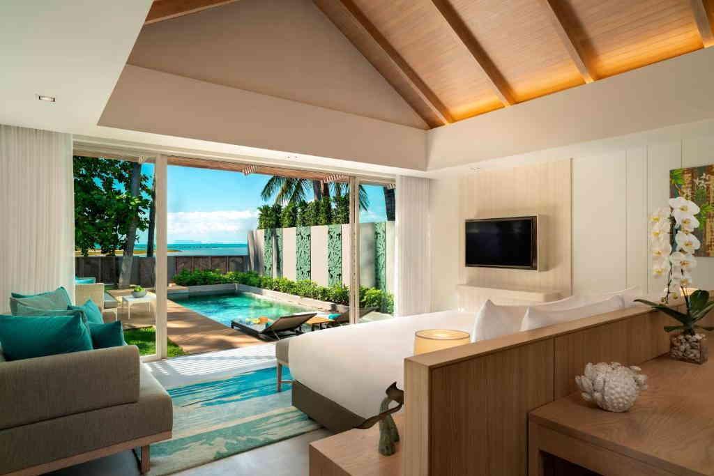 One Bedroom Beachfront Pool Villa Avani 3
