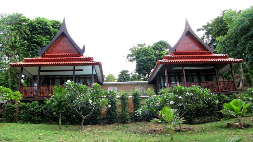 Phi Phi Natural Resort 4