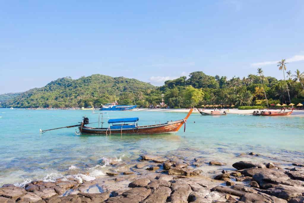 Phi Phi Natural Resort 6