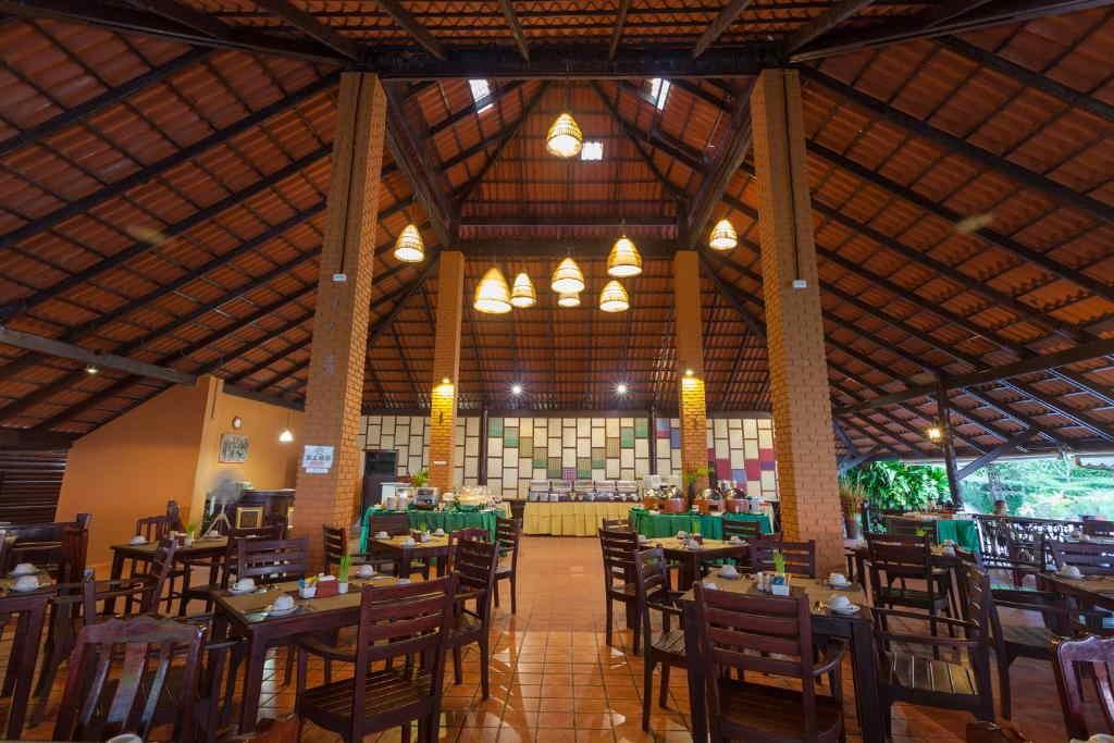 Phi Phi Natural Resort 12