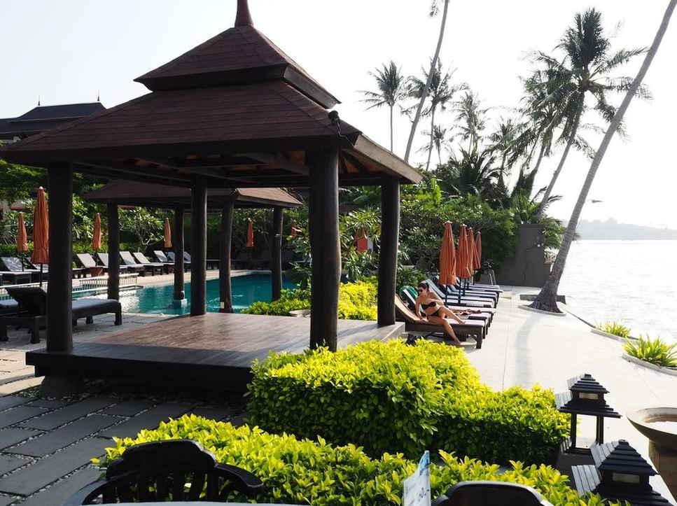 Samaya Bura Beach Resort 16