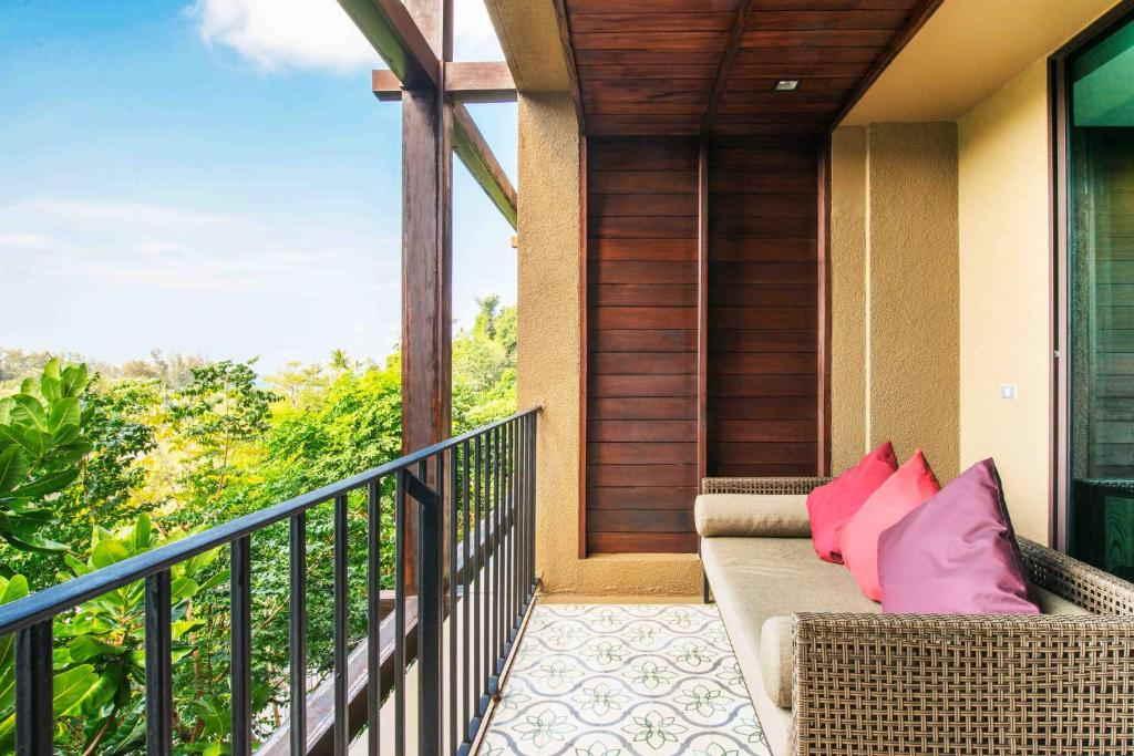 Sunsuri Phuket Resort