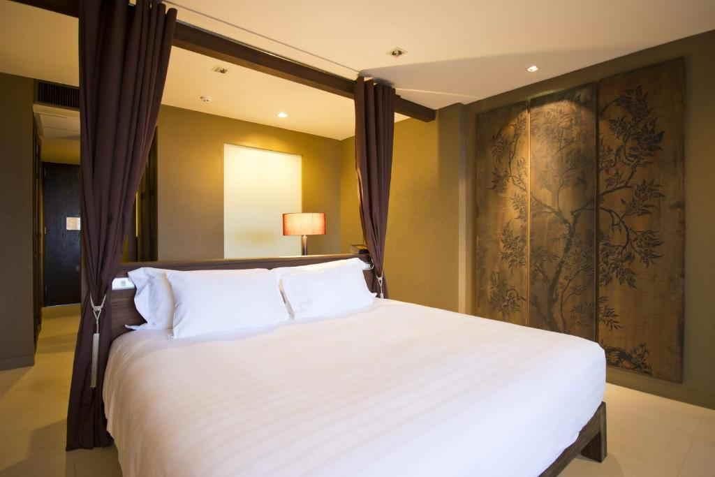 Sunsuri Phuket Resort 1