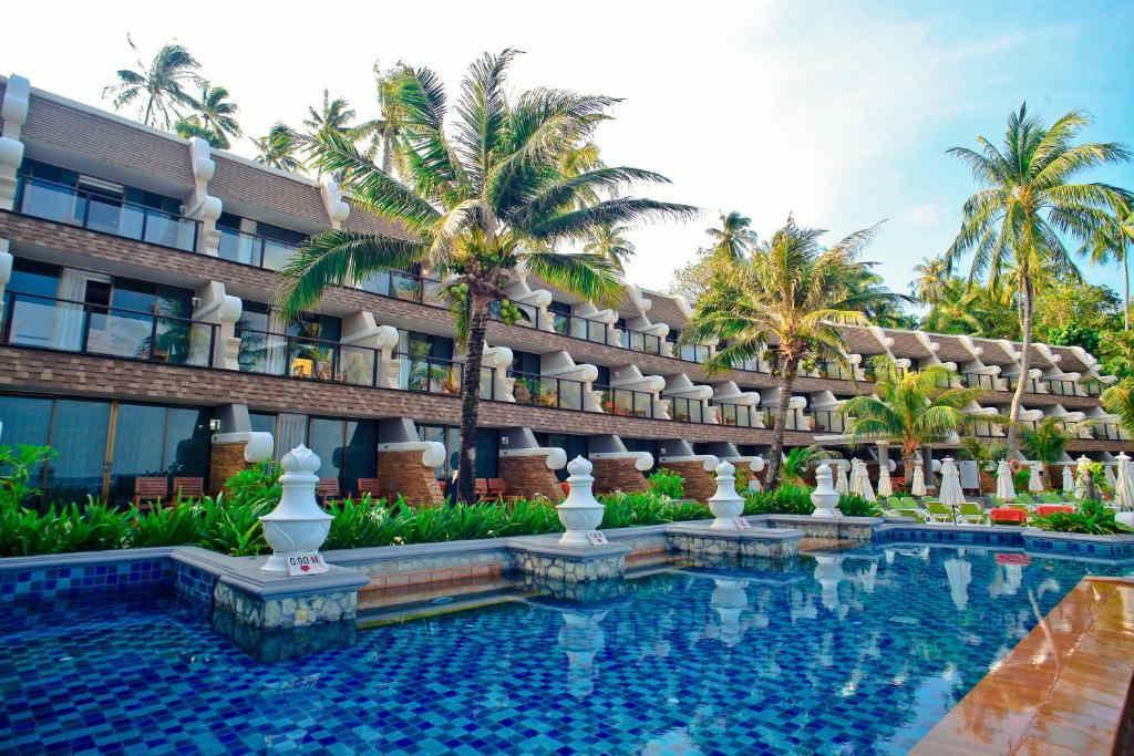 Beyond Resort Karon 4
